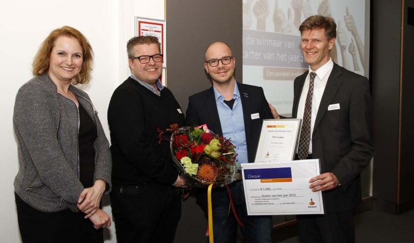 Niels Rameckers (tweede van rechts)  is trots op zijn uitverkiezing als starter van het jaar. Foto: Rikus ten Brücke.