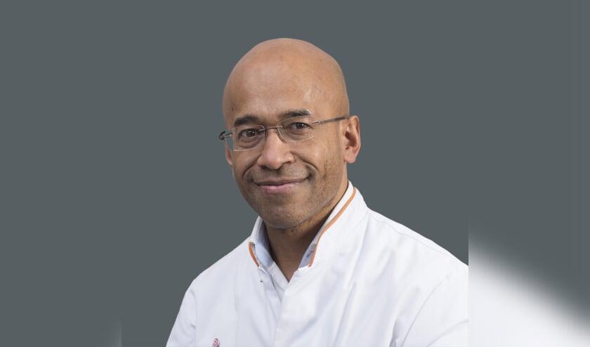 John Sawor, plastisch chirurg