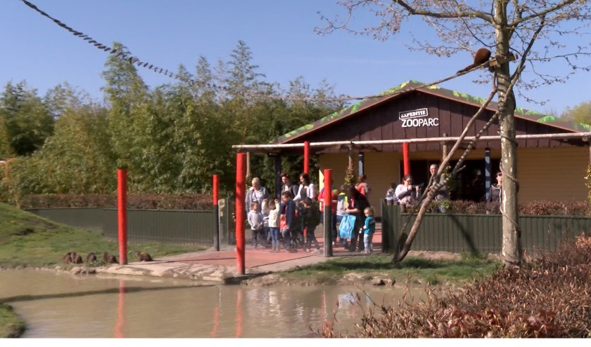 ZooParc Overloon staat centraal in het programma Oh, zit dat ZOO?!.