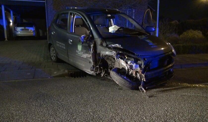 De auto van de veroorzaker van het ongeval is total-loss. Foto: Audica Video