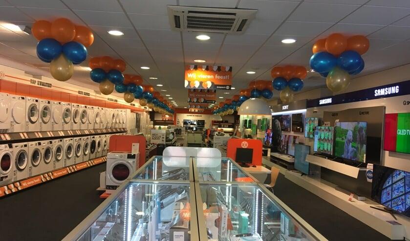 Expert Deurne opende dinsdag een nieuwe winkel aan het Henseniusplein. Foto: Christ van den Munckhof.