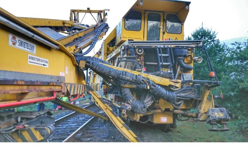 Twee werktreinen reden op elkaar op het spoor bij Venray. Foto: Prorail.