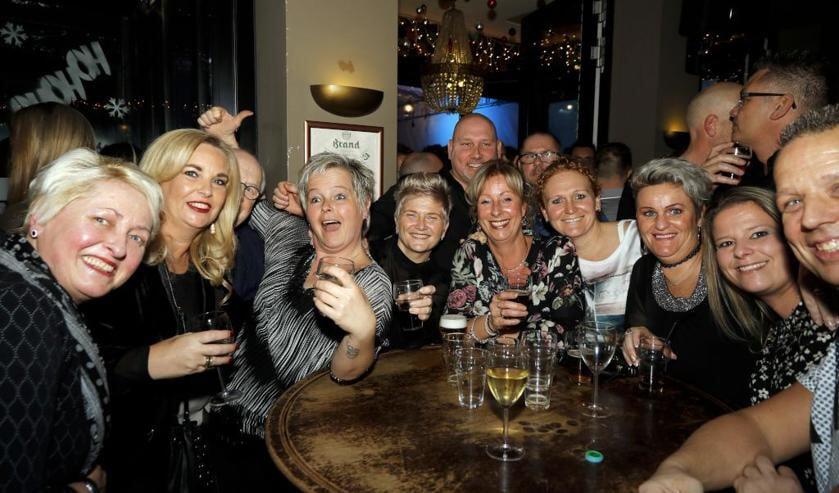 Samen genieten bij Hulsman op de eerste dag van het nieuwe jaar. Foto: Rikus ten Brücke.