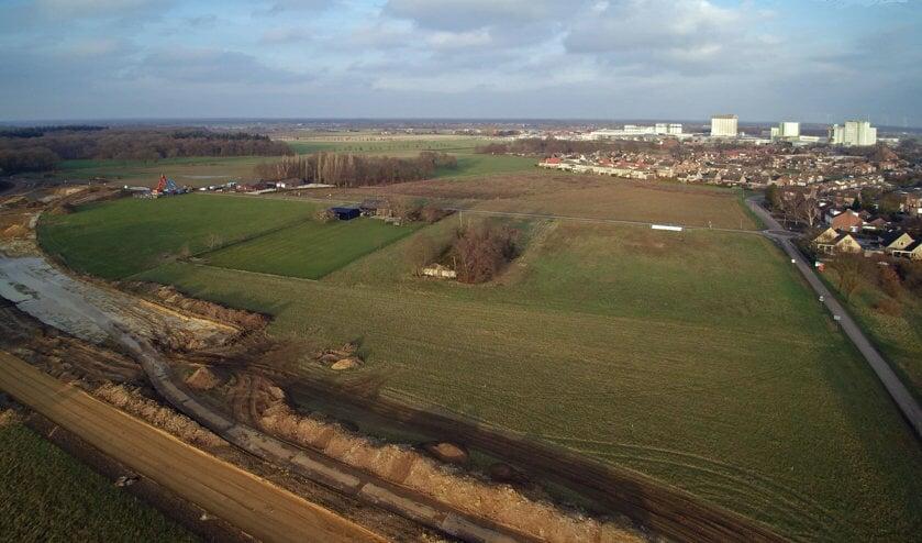 De aanleg van de rondweg (linksonder) om de dorpskern van Wanssum is van start gegaan. Foto: Wim Wijnhoven