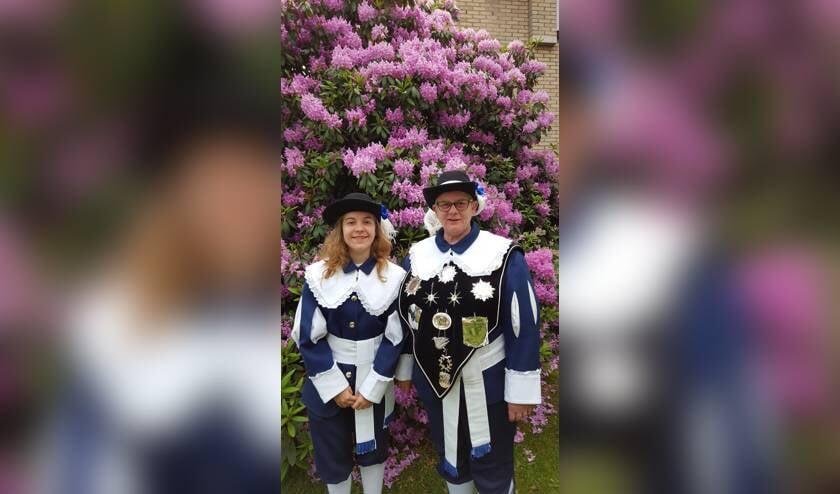 Ember Peters en Jacqueline Pingen.