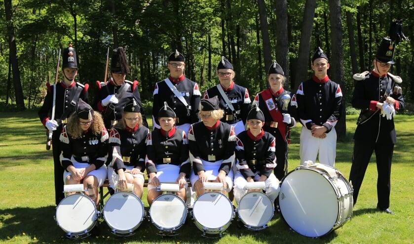 De jeugdafdeling van schutterij ´t Zandakker Gilde Sint Jan Venray. Foto: Dory Peeters.
