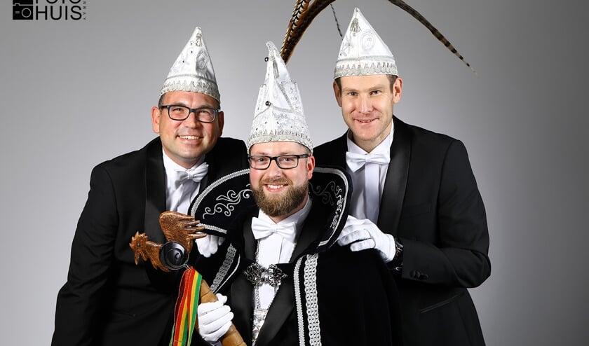 Het nieuwe prinselijk trio van De Piëlhaan. Foto: Fotohuis Venray. Foto: Fotohuis Venray.