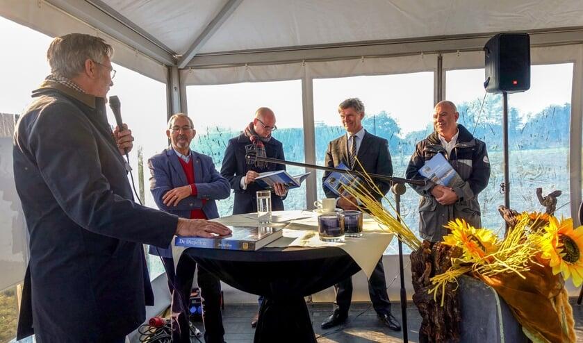 V.l.n.r.: Fred Snel, Jan Strijbos, Hubert Mackus, Jan Loonen en Eric Beurskens.