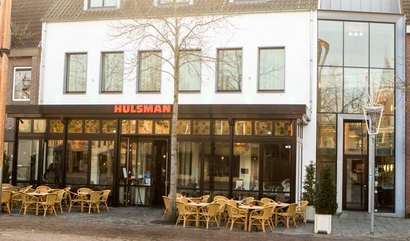 De naam Hulsman is al vanaf 1961 onlosmakelijk aan het Venrayse horecaleven verbonden.