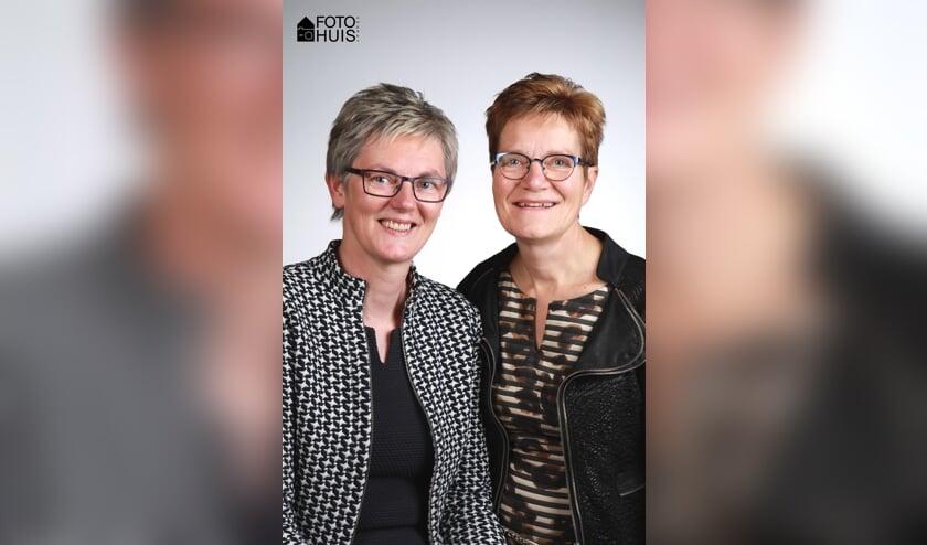 Mieke Rongen en Maria Claessen. Foto: Fotohuis Venray.