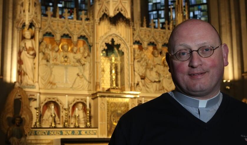 Ed Smeets wordt komende zondag in de Grote Kerk geïnstalleerd als nieuwe deken. Foto: archief Peel en Maas.