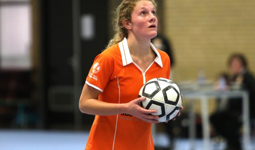 Oranje Wit in actie op archiefbeeld. Foto: Henk Lammen.