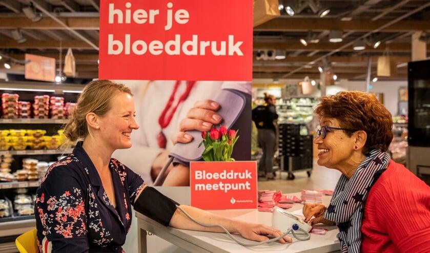 Laat je bloeddruk meten, het kan op verschillende locaties in Limburg.