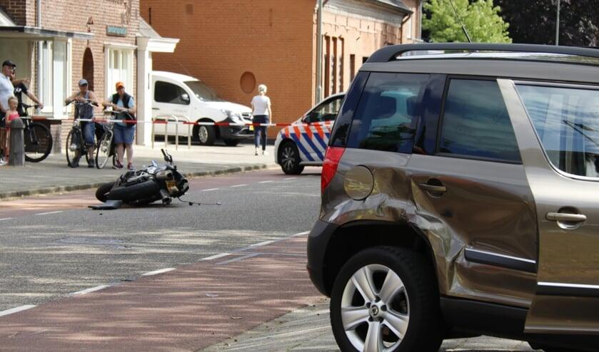 Motorrijder overleden in ziekenhuis na ongeval in Venray.