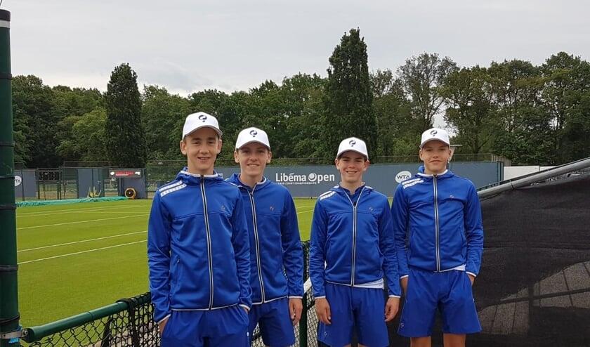 Op de foto van links naar rechts: Daan Koppers, Tim van den Berg, Quinten Donders en Mees Strous.