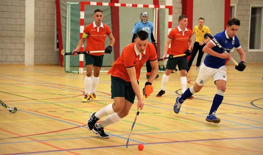 De zaalhockeyers van Venray handhaafden zich zaterdag in de topklasse.