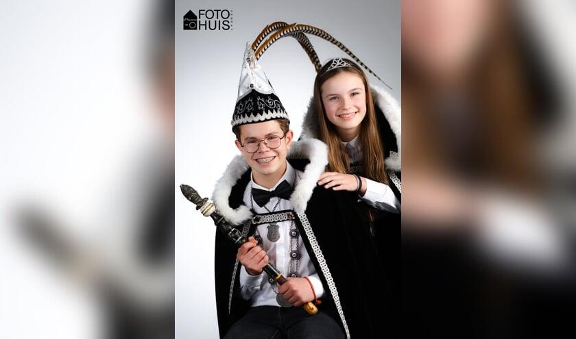 Jeugdprins Bram van Bommel en jeugdprinses Sam Dinghs.