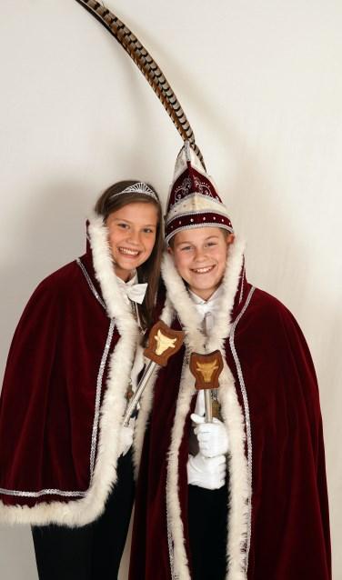 Jeugdprins Pepijn I en jeugdprinses Janne.