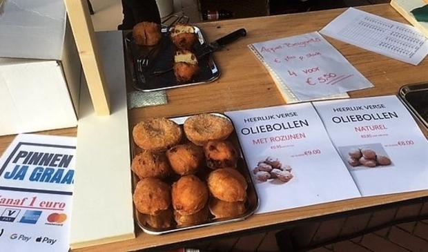 <p>Cupido &#39;hart voor bakken&#39; met oliebollenkramen onder andere in Nieuw Bergen en binnenkort ook in Afferden</p>