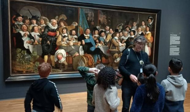 <p>Kinderen uit Nieuw Bergen laten zich inspireren door prachtige kunst</p>