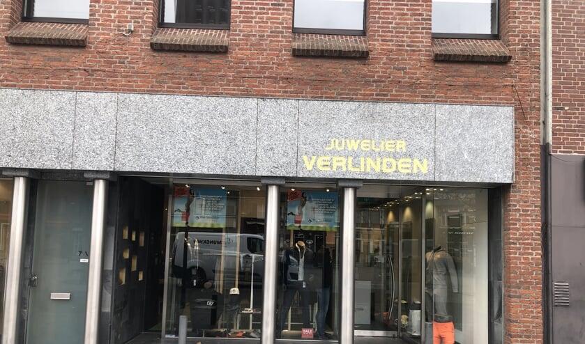 <p>The Stocklot Company zit in het pand van de voormalige juwelier Verlinden in Venray.<strong>&nbsp;</strong></p>