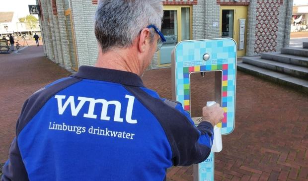 <p>Proost er is weer gratis water</p>