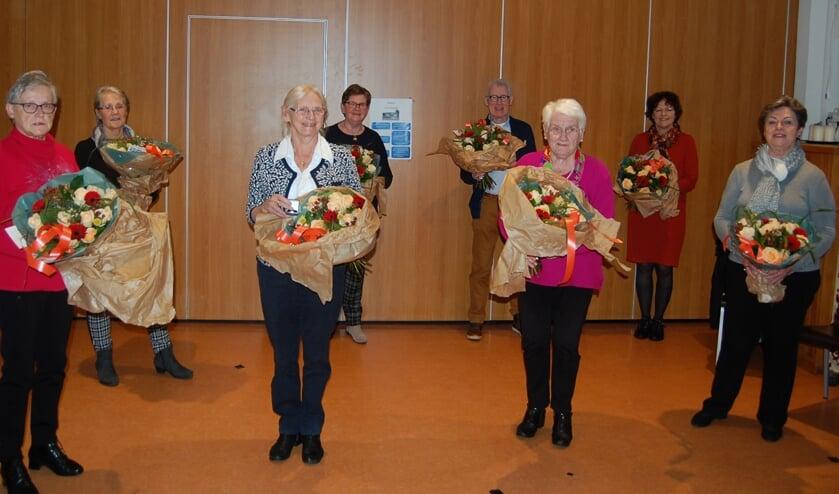 <p>De acht jubilarissen van de afdeling Rooy van de Zonnebloem.</p>