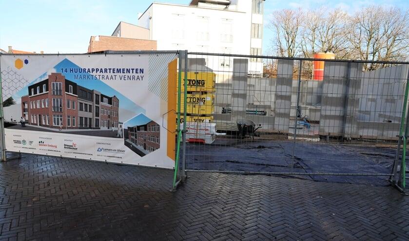<p>Aan de Marktstraat in het centrum van Venray worden 14 huurappartementen gerealiseerd.</p>
