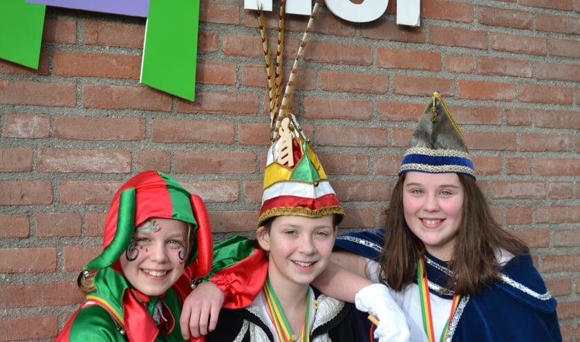 Het prinselijk trio van basisschool De Lier.