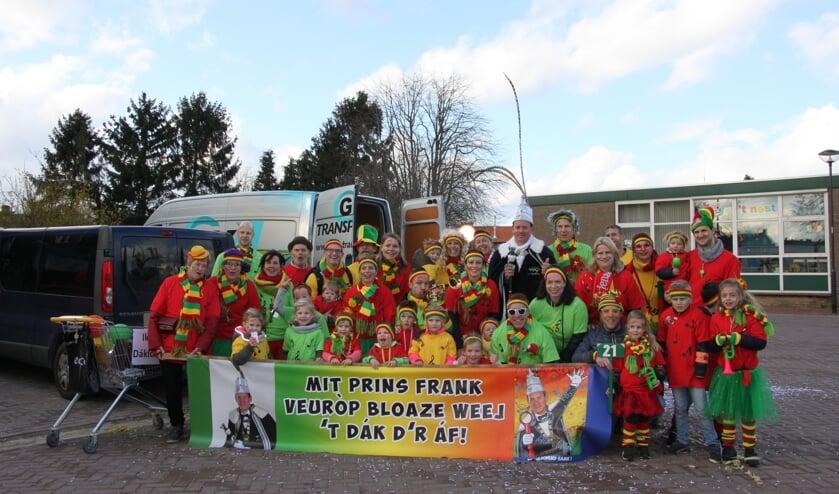 Prins Frank met zijn vrienden en familie.
