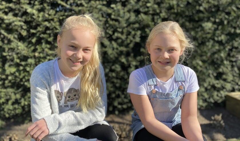 Pleun (13) en Sterre (11) verrasten afgelopen week 'mooie mensen' in Ambachtskwartier.