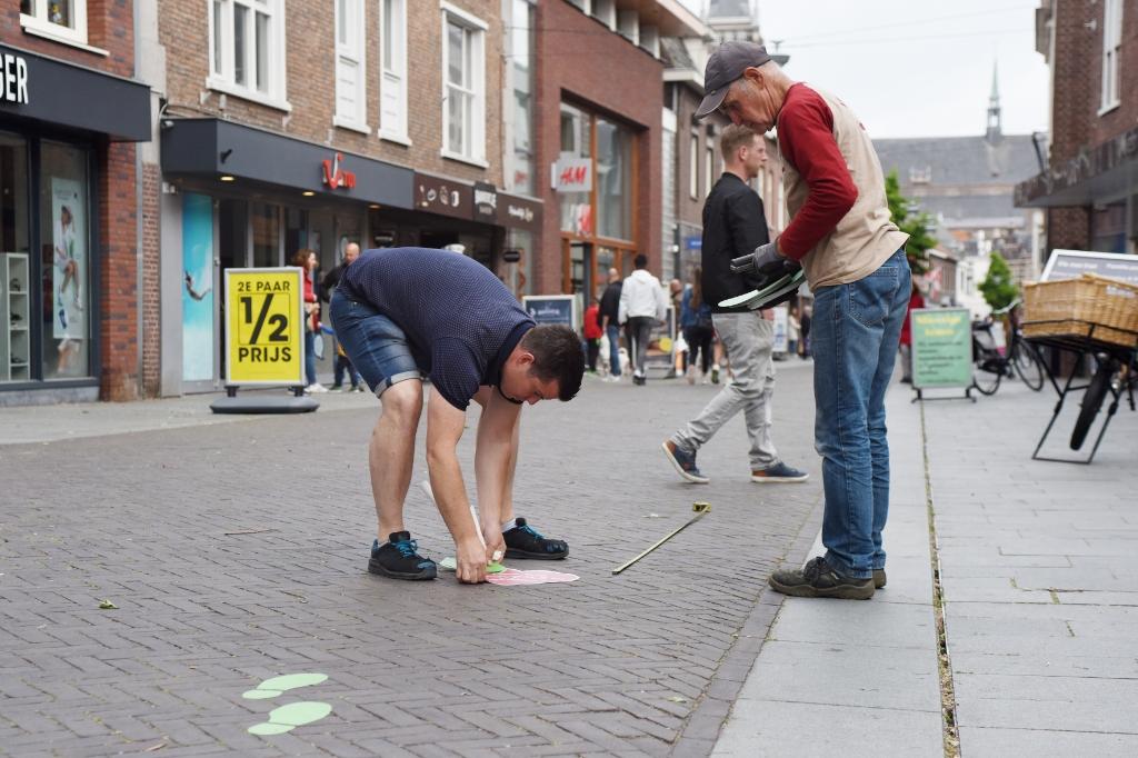 Coronaproof maken van de Grotestraat in Venray.  Foto: Hoedemaekers Venray © Peel en Maas Venray