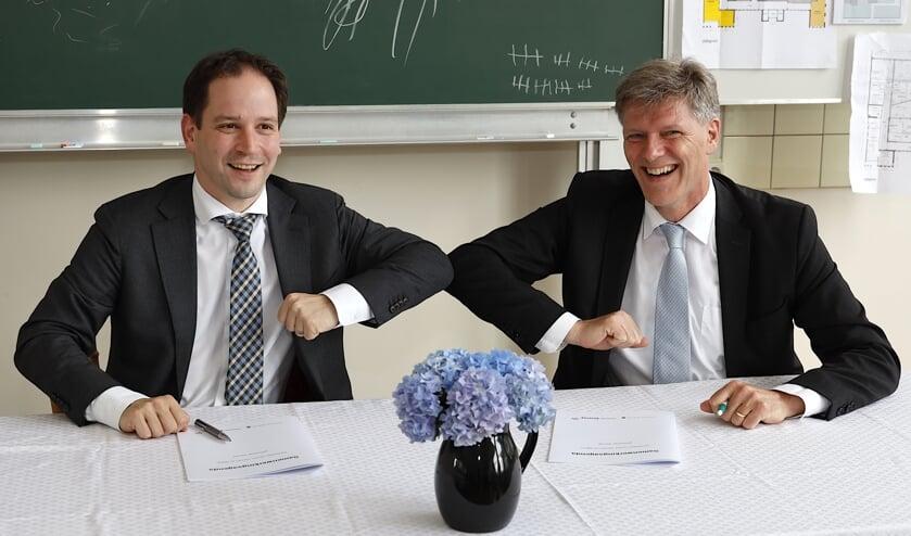 <p>Wethouder Jan Loonen (rechts) en gedeputeerde Andy Dritty.&nbsp;</p>