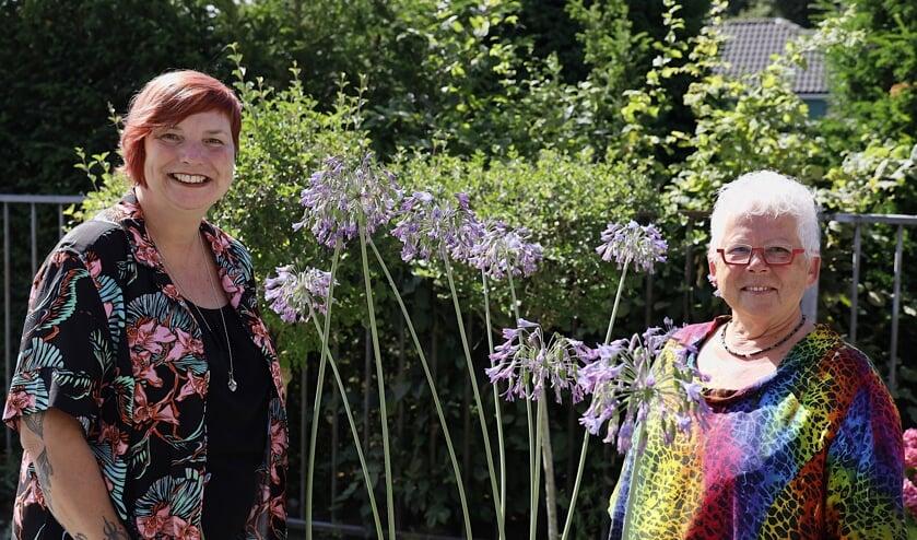 Noëlle Beijers (l.) en Gerda Janssen, vrijwilligers van EVA.