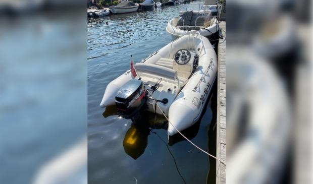 Gestolen boot Foto: Eigen © Maasduinencentraal