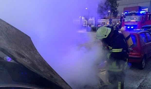 Verdachte autobrand aan de Klever Straße