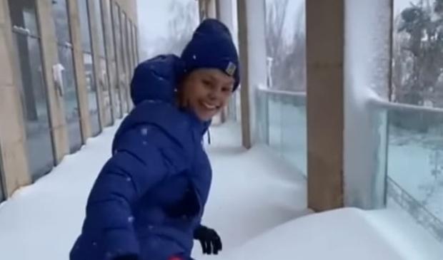 <p>Sneeuwpret voor Lieke</p>
