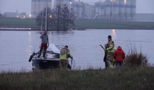 Brandweer inzet bij de Maas