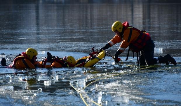 De brandweer van Bergen oefende reddende werkzaamheden