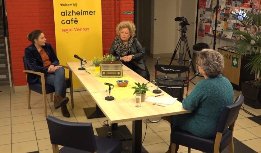<p>Beeld van opname voor Alzheimer TV Caf&eacute; op Peel en Maas TV. &nbsp;</p>