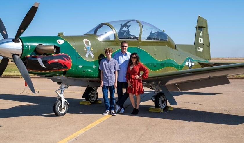 <p>Marco met zijn vrouw Carla en zoon Anthony.</p>