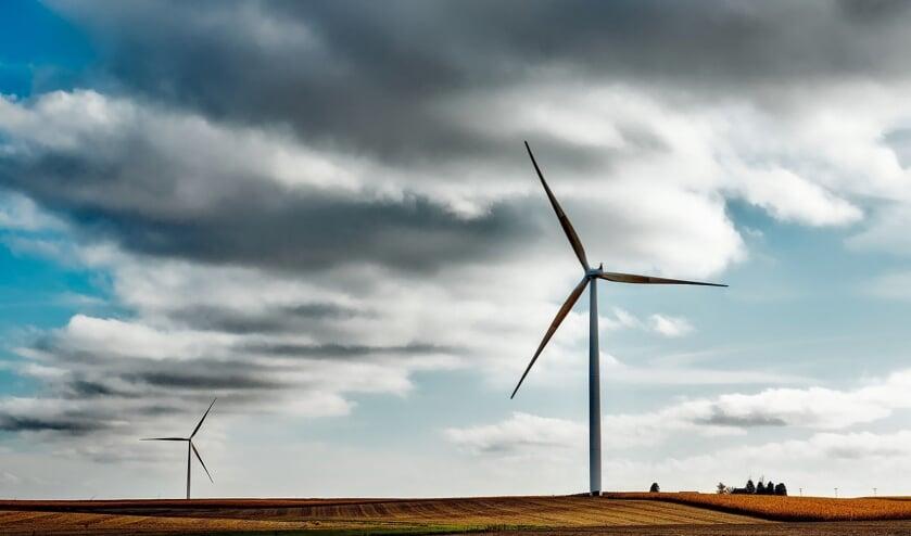 <p>De commissie Wonen besprak dinsdagavond het collegevoorstel om plannen voor een windpark in Venray voorlopig op de lange baan te schuiven. </p>