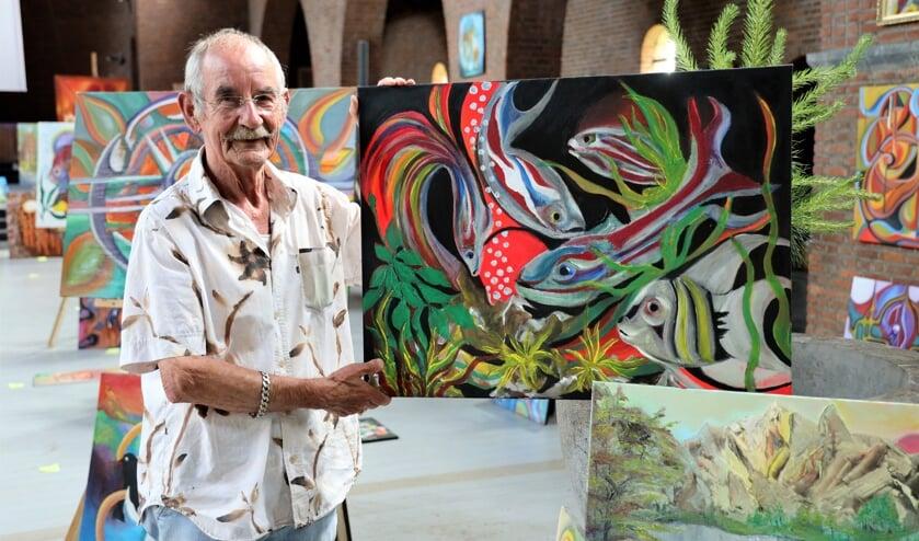 <p>Gerwin van den Heuvel schildert altijd uit de losse pols.</p>