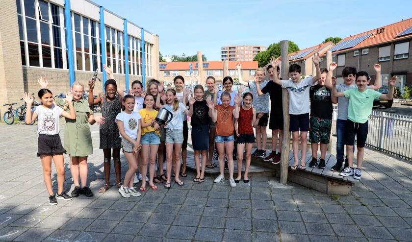 <p>Groep 8 van basisschool Coninxhof zamelt oude apparaten in.</p>