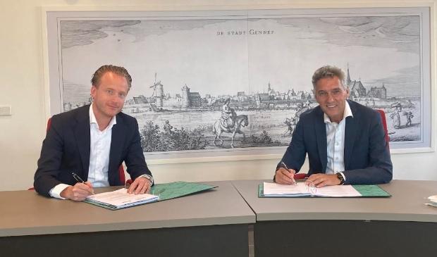 Mark Janssens van SDK Vastgoed en burgemeester Hans Teunissen