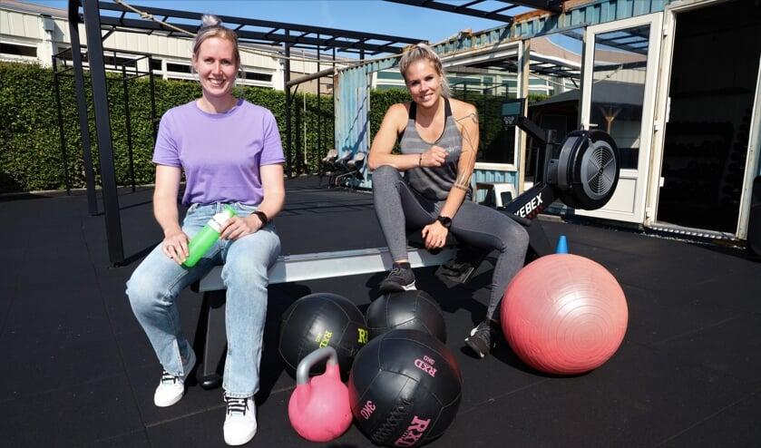 <p>Ankie Billekens (links) en Rianne Seijkens zijn de kartrekkers van het project Shape.</p>