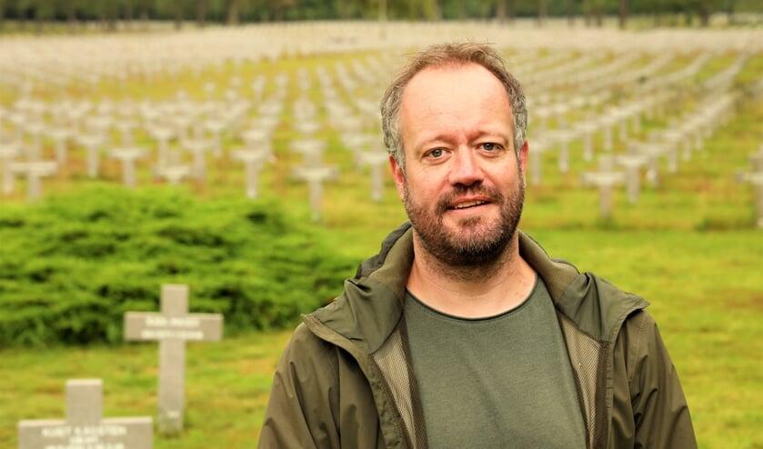 <p>Sjoerd Ewals is hoofd educatie van de Duitse begraafplaats.&nbsp;</p>