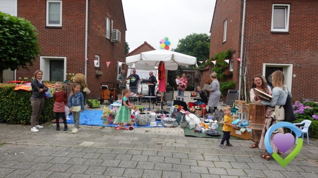 Kleedjesmarkt Well 2021 Foto: Maichel v. Dreumel © Maasduinencentraal