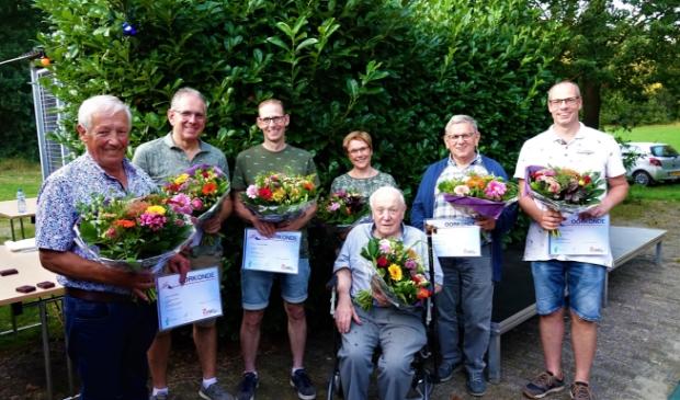 <p>Jubilarissen Piet - Geert - Leon - Anja - Jan - Jan & Twan&nbsp;</p>
