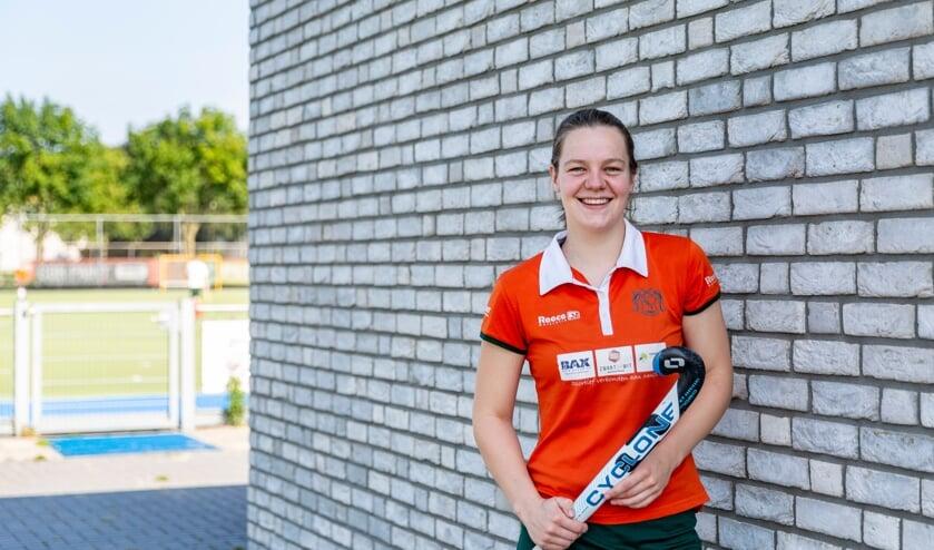 <p>Marieke Heldens geniet weer volop bij hockeyclub MHCV in Venray.</p>